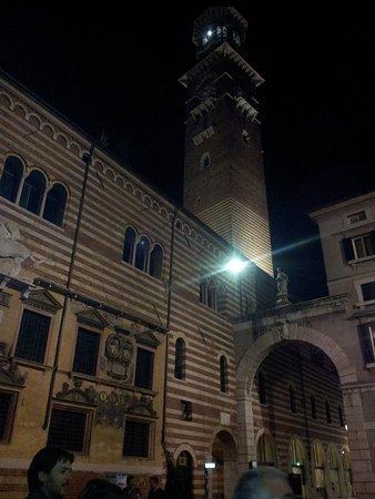 Torcolo: Duomo.Centro de Verona.