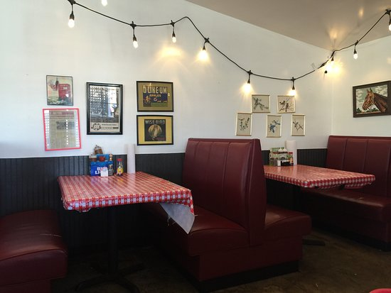 Greater Good Barbecue: Donny Room