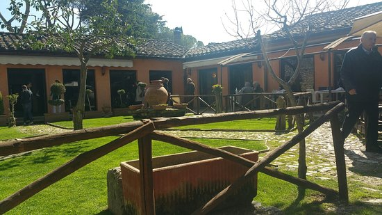 Torri in Sabina, Włochy: TA_IMG_20180325_143358_large.jpg