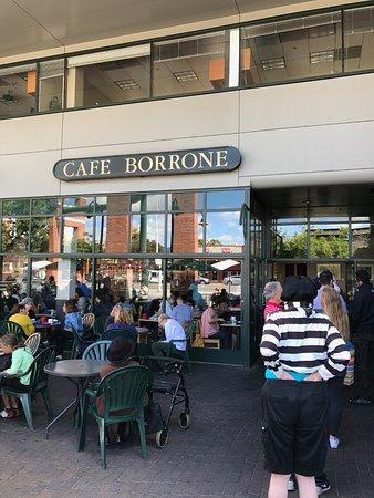 Cafe Borrone : Outside the eatery