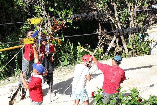 Loboc Ecotourism Adventure Park: Zipline