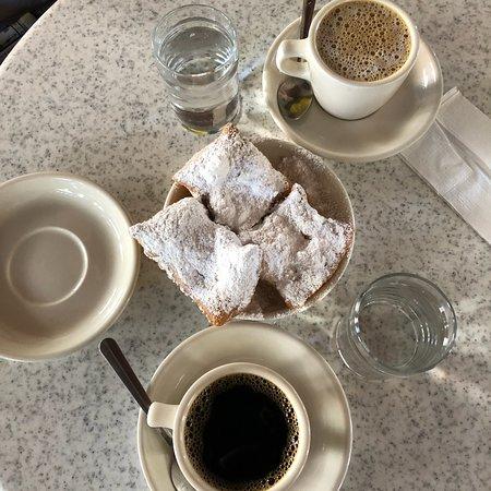 Cafe Du Monde Coffee Review