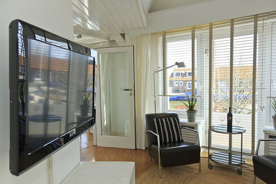 Apartments Waterland: The Luxe Harbour Room