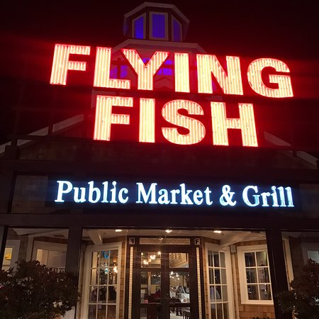 Flying fish public market grill north myrtle beach for Flying fish bar and grill