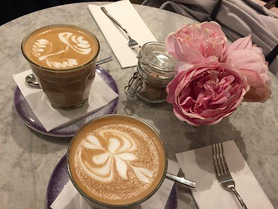 Elan Cafe: coffee
