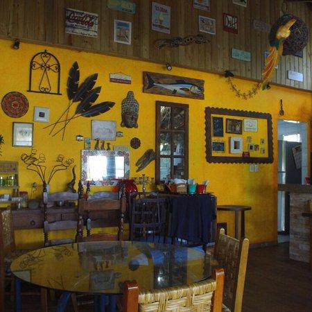 Pontal do Parana: Lugar maravilhoso com cerveja gelada chopp bom e samba de raiz da melhor qualidade, comida sensa