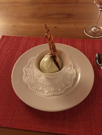 Bourg-en-Lavaux, สวิตเซอร์แลนด์: sorbet à la sarriette simplement magnifique
