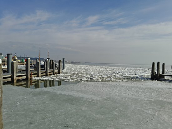 Formerum, The Netherlands: Ice in the Wadden sea