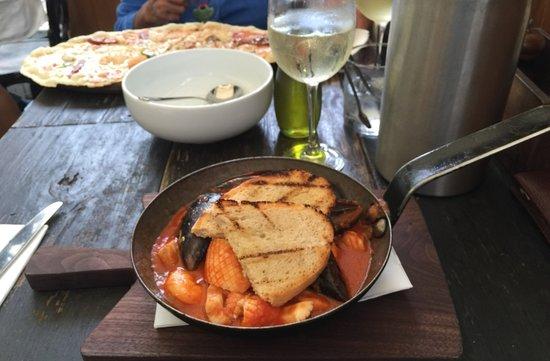 Ca de Vin: Poêlée de fruits de mer