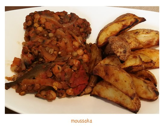 Envy Vegetarian and Vegan Eatery: moussaka