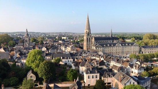 Château de Vendôme: Blick auf die Altstadt von der Schlossruine