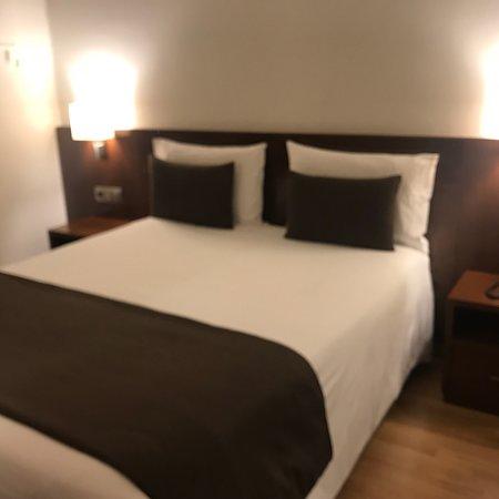 Hotel Pyrenees: photo0.jpg