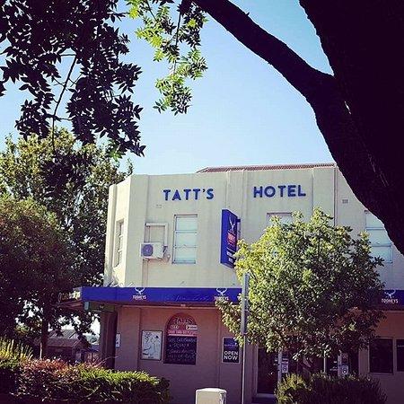 Tatts Hotel Inverell Restaurant Reviews Phone Number Photos Tripadvisor