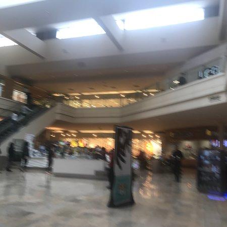Great Wraps Fashion Show Mall