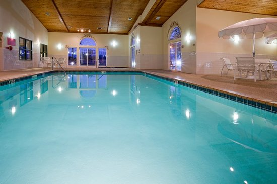 Cottage Grove, MN: Pool