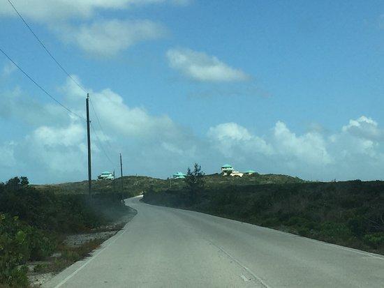 بلو هورايزون ريزورت: The road to Dragon Cay Resort...