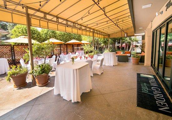 Palm Garden Hotel: Meeting room