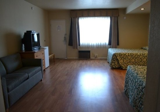 Oceana Inn Santa Cruz: Guest room