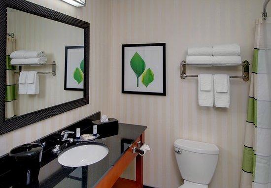 Fairfield Inn Amp Suites Denver Airport 101 ̶1̶2̶1̶