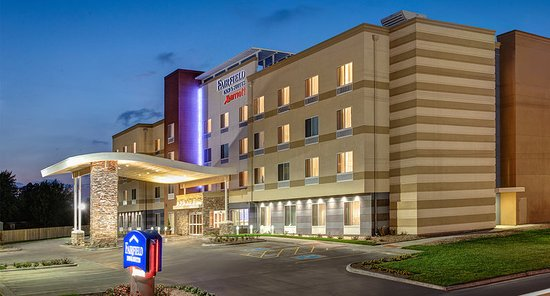 Fairfield Inn & Suites by Marriott St Petersburg North Hotel