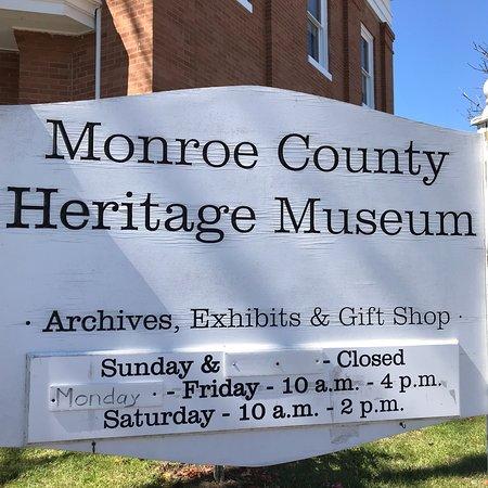 Monroeville, AL: photo0.jpg