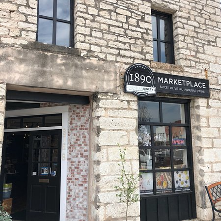 ‪1890 Marketplace‬
