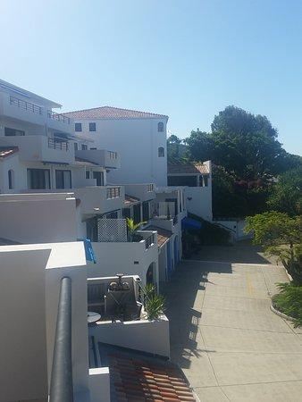 Coolum Beach, Australia: Greek style villas