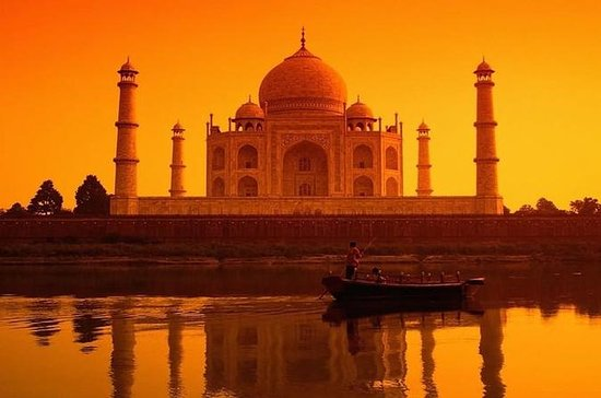 Luxury Taj Mahal Family Tour from...
