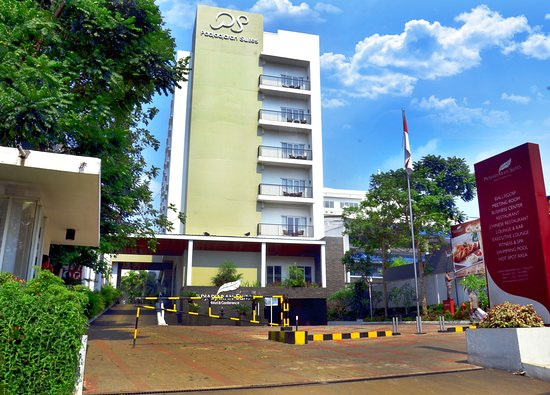 Padjadjaran Suites Hotel Bogor - room photo 4684472