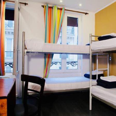 Plug-Inn Hostel : Nice location, Great services.