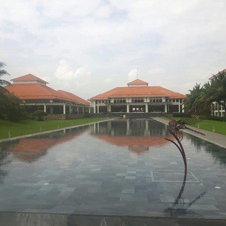 Pullman Danang Beach Resort: photo2.jpg