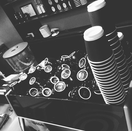 Richmond, Nueva Zelanda: Have here or takeaway coffee