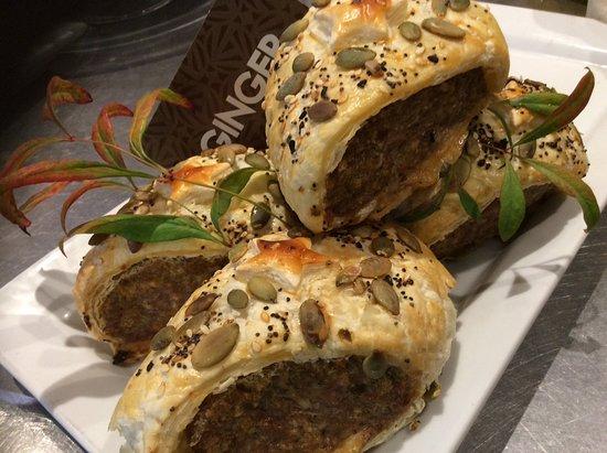Richmond, Nueva Zelanda: Pork sausage rolls