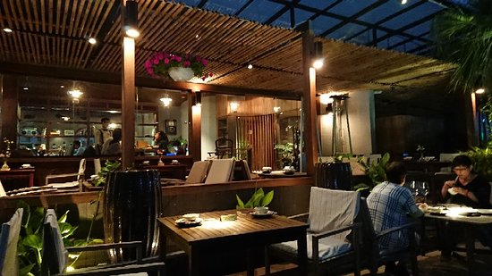 Cau Go Vietnamese Cuisine Restaurant: DSC_0052_large.jpg