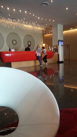 Ibis Mall Of The Emirates: 20180325_130814_large.jpg