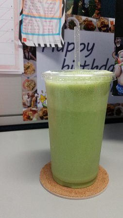 Banana coconut smoothie with added spinach