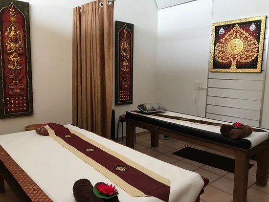 Giubiasco, Svizzera: Thai and oil massage beds