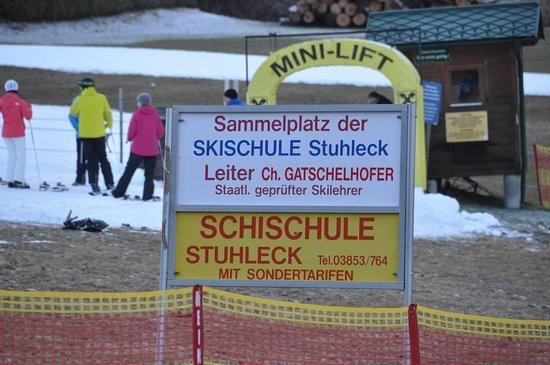 Spital am Semmering, Austria: Sammelplatz der Skischule