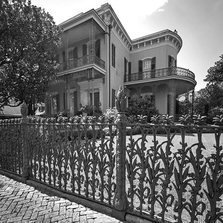 Garden District Walks nola