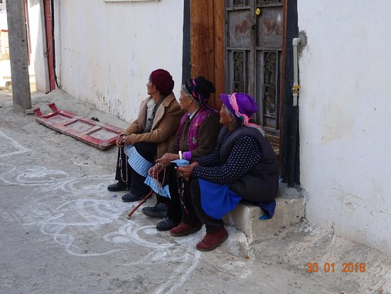 Dongzhulin Temple: Trois femmes