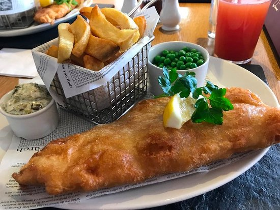 Beesands, UK: Cod and Chips