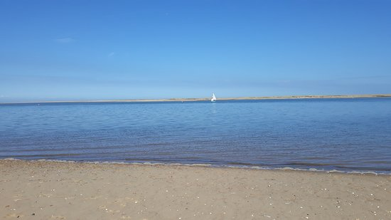 Brancaster, UK: Calm waters