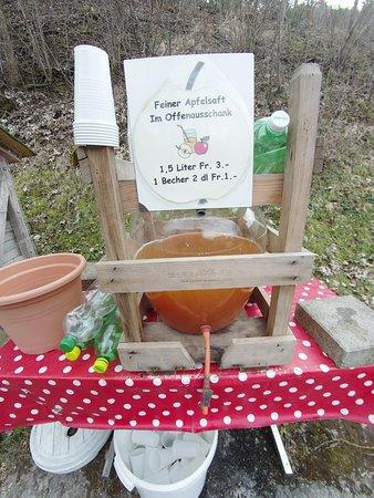 Reigoldswil, Switzerland: juice