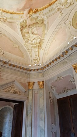 Papa, Hungary: Esterházy-kastély kápolnája