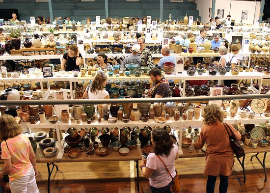 Watkinsville, Géorgie : Perspectives: Georgia Pottery Invitational. Annual Show & Market