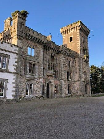 Castle front 3