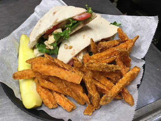 Fryeburg, ME: Grilled Chicken Pita and a side of Sweet Potato Fries
