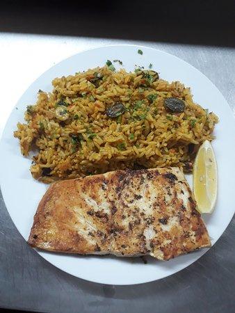 Paul do Mar, Portugal: filete do dia com arroz de lapas