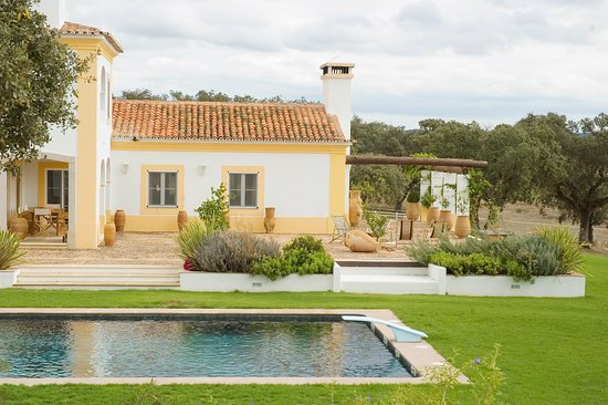 Herdade da Chamine - Luxury Rural Farm House Alentejo