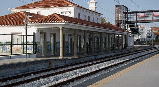 Estacao Ferroviaria de Evora